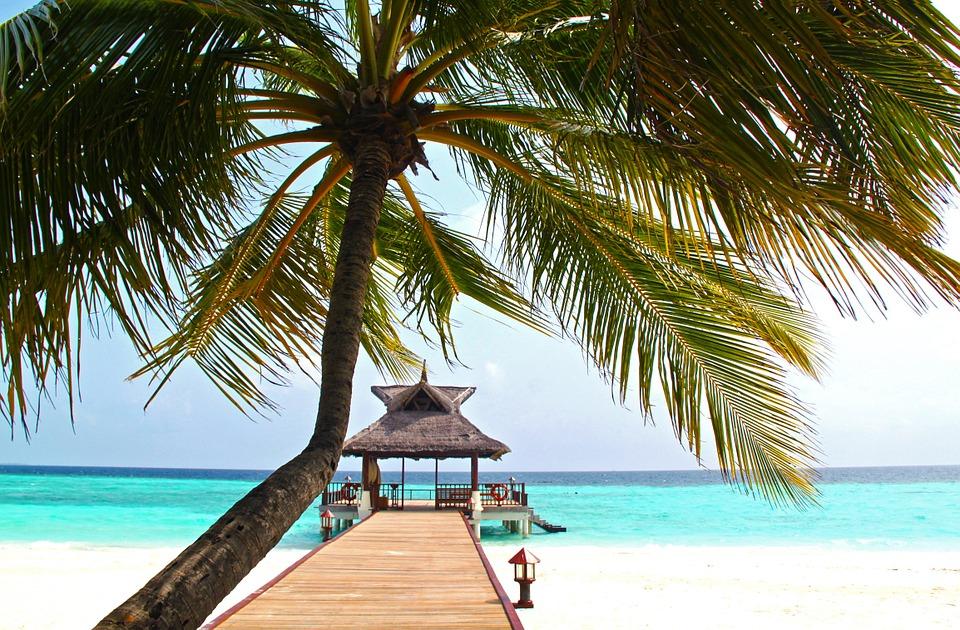 ¡Puente de Diciembre en MALDIVAS! </BR> VUELO + 7 noches HOTEL x 534€