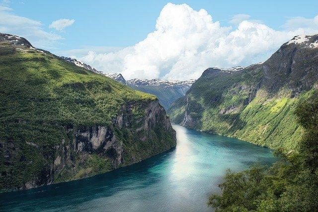 ¡ÍNCREIBLE! </BR> ¡Vuelos a los fiordos noruegos </BR> por sólo 6€ trayecto!